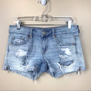 American eagle light wash distressed shorts 4